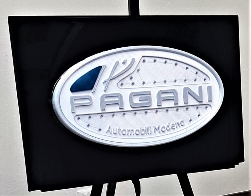 automotive brand crash Pagani logo